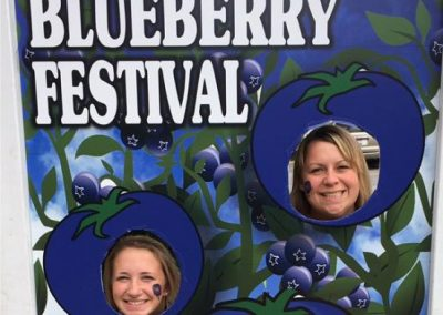 BlueberryFestival_faceinhole_web_dn